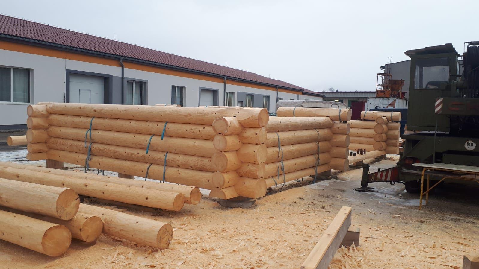Holzbau in Tirol mit Massivholz