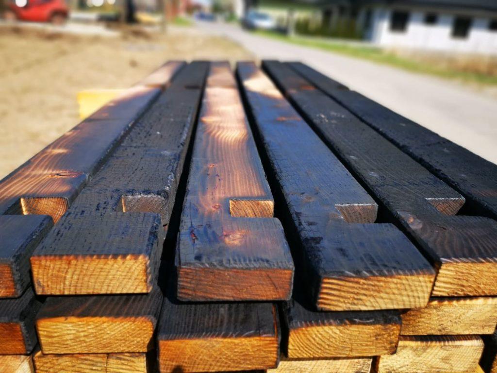 Shou Sugi Ban Möbel Holz im Garten für Hochbeet